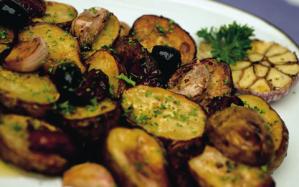 Garlic-and-lemon-roasted-potatoes2