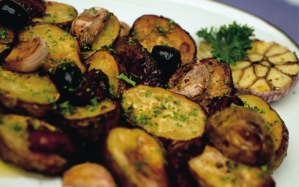 Garlic-and-lemon-roasted-potatoes2