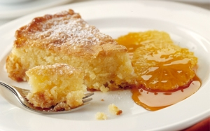 apricot-and-almond-cake-with-oranges-in-caramel