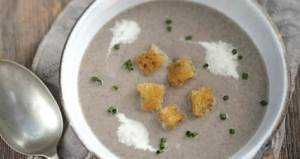 Field_Mushroom_Soup_with_Crunchy_Garlic_Croutons