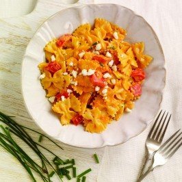 farfalle-red-pepper-sauce-266x266