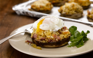 Baked-stuffed-flat-mushrooms-topped-with-poached-egg-and-cheese2