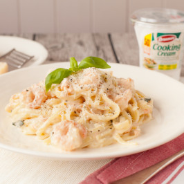 lowressalmon_prawn_linguine_branded_12-266x266