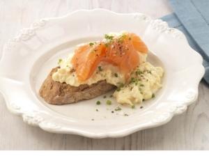 scrambled-egg-smoked-salmon-sml