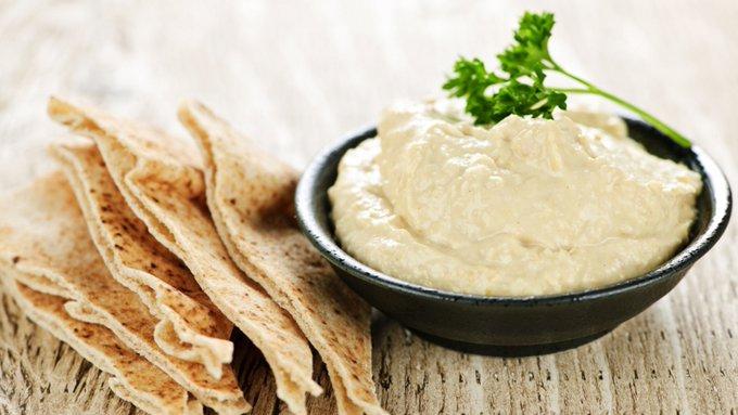 donals hummus and pitta bread