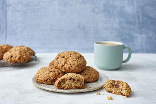 Flahavans-Oaty-chocchip-cookies-all