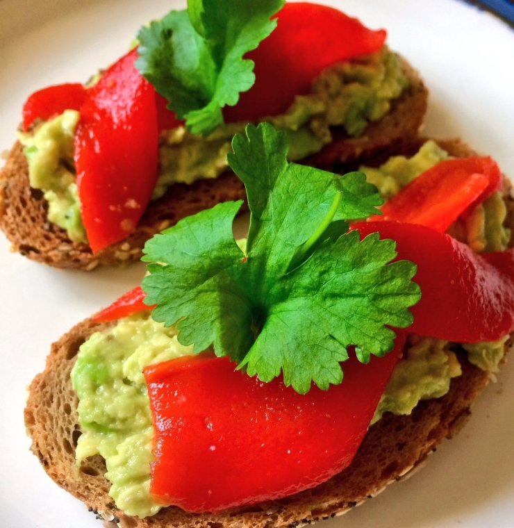 avocado roasted red peppers