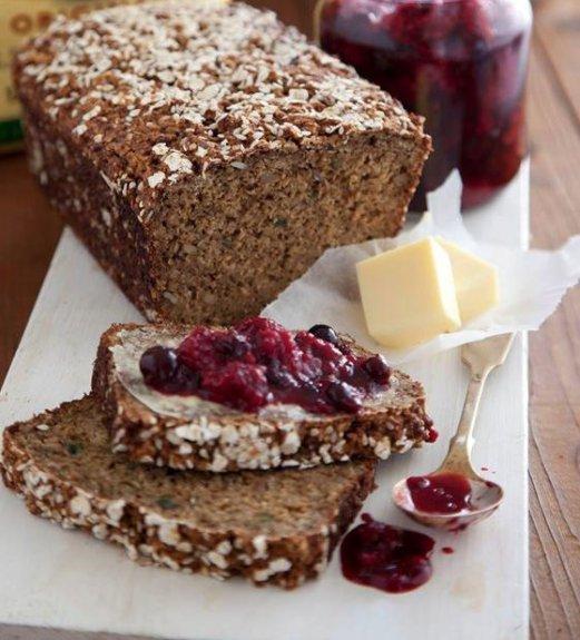 Mary Flahavan's Porridge and Yogurt Bread