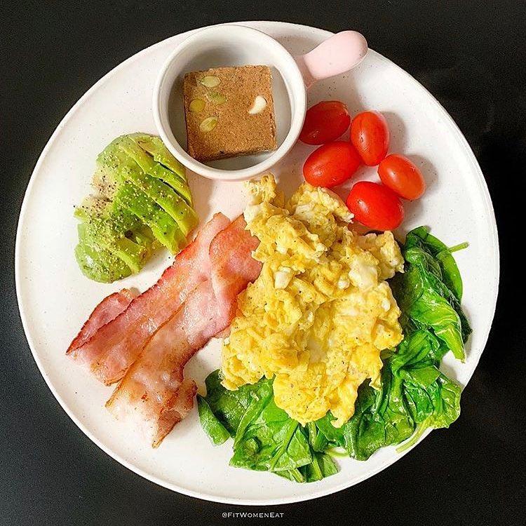 eat nutritious breakfast