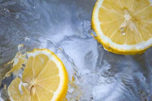 everyday health lemon water
