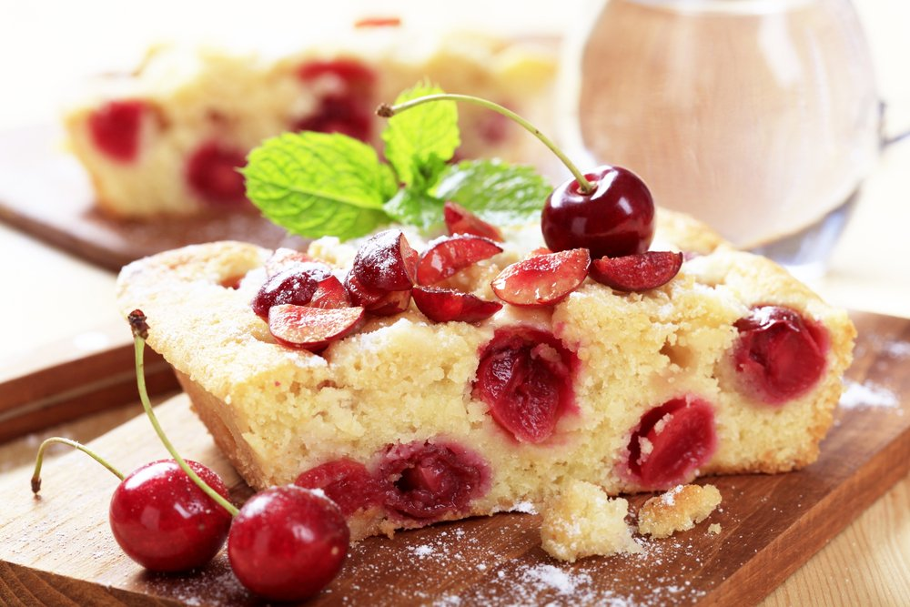 keelings cherry sponge cake